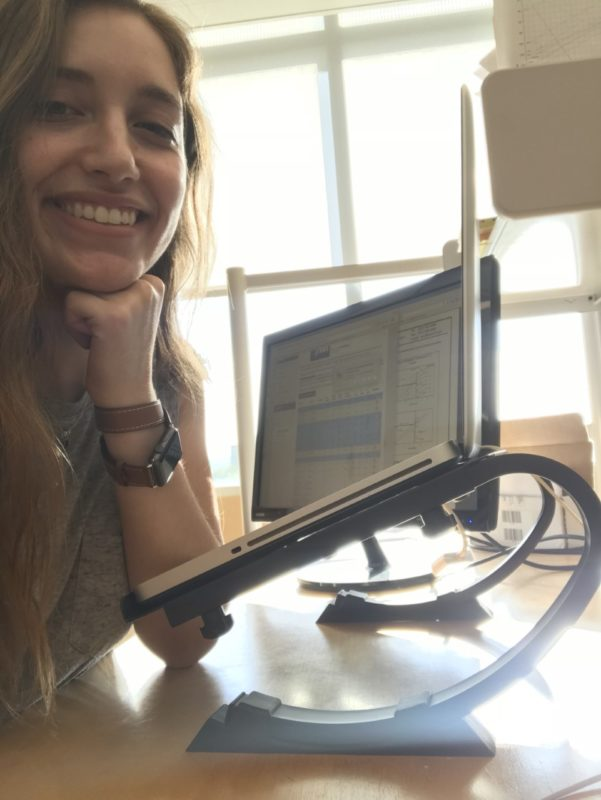 """Meet Lindsey @the_engineeress, SEAM Brand Ambassador & an advocate for women in STEM. """"Peeling back the curtain of women in engineering."""""""
